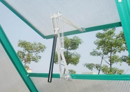 Greenhouse Solar Sensitive Automatic Window/Vent Opener Lifts 15 Pounds by VKRP Distributors