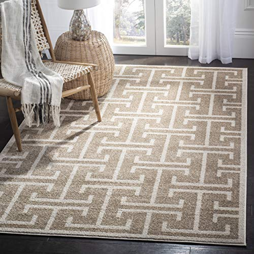 (Safavieh Amherst Collection AMT404S Wheat and Beige Indoor/ Outdoor Area Rug (8' x 10'))