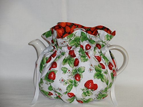 Pretty Strawberry Print 6 Cup Reversible Tea Pot Cozy
