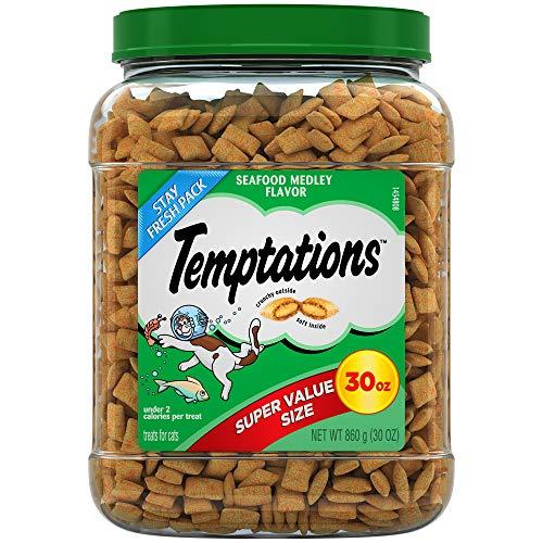 TEMPTATIONS Classic Treats for Cats Seafood Medley Flavor, 30 oz. Tub