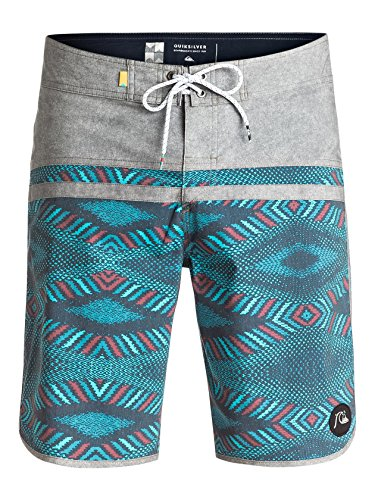 Price comparison product image Quiksilver Mens Stomp Dreamweaver Scallop 20 Boardshort 32 Dreamweaver Navy Blazer