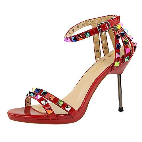 Xue Qiqi Dünne Dünne Dünne römische Frauen Schuhe mit hohen Absätzen Mode dünne Frau Nieten mit flachen Sandalen Die rote c7af02