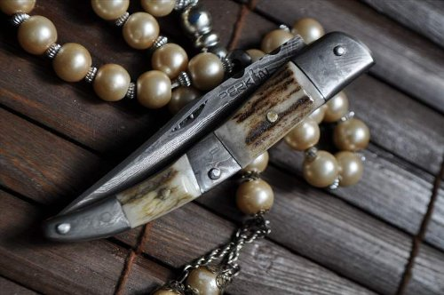 Handmade Damascus Folding knife -Stag Antler- Legal to carry – Work of Art for camping  Bushcraft