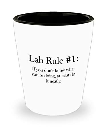 Amazon.com: Divertido regalo técnico de laboratorio blanco ...