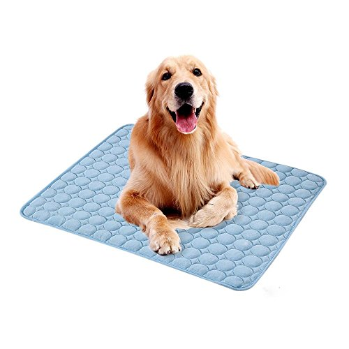 (Volwco Dog Cooling Mat, Self Cooling Pad for Dogs and Cats, Ice Silk Material Dissipates Heat Away from Your Pet, Breathable, Non Toxic, Skin-Friendly, Keep Pet Cool)