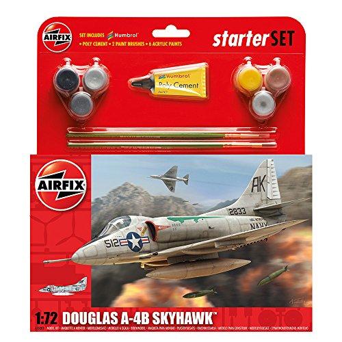 (Airfix Douglas A4B Skyhawk Starter Gift Set (1:72 Scale))