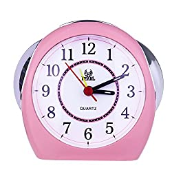 Non Ticking Analog Alarm Clock with Nightlight and Snooze, Kaimao Small Desk Clocks AAA Battery Powered, Pink