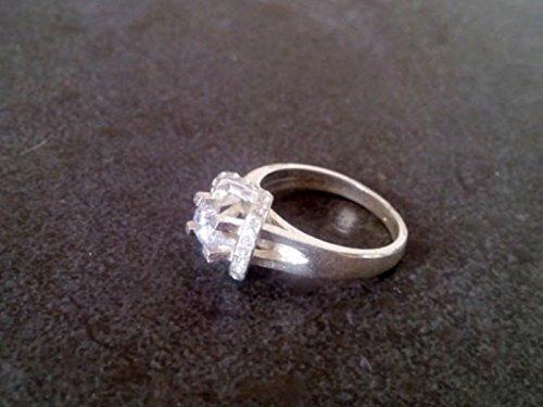 Amazon Com Halo Ring Engagement Ring Man Made Diamond Ring