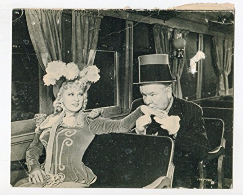 MOVIE PHOTO: My Little Chickadee-W. C. Fields-Mae West-6x7.5-B&W-Still-Card