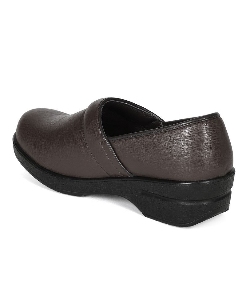Refresh Women Leatherette Round Toe Slip On Clog BH36 - Brown (Size: 8.5) by Refresh (Image #3)