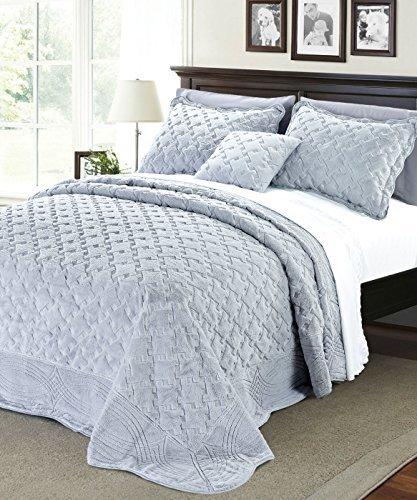 UPC 683405504634, Serenta Faux Fur Quilted Tatami 4 Piece Bedspread Set, Queen, Grey