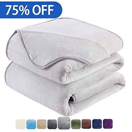 HOZY Soft Blanket Queen Size Fleece Warm Fuzzy Throw Blanket