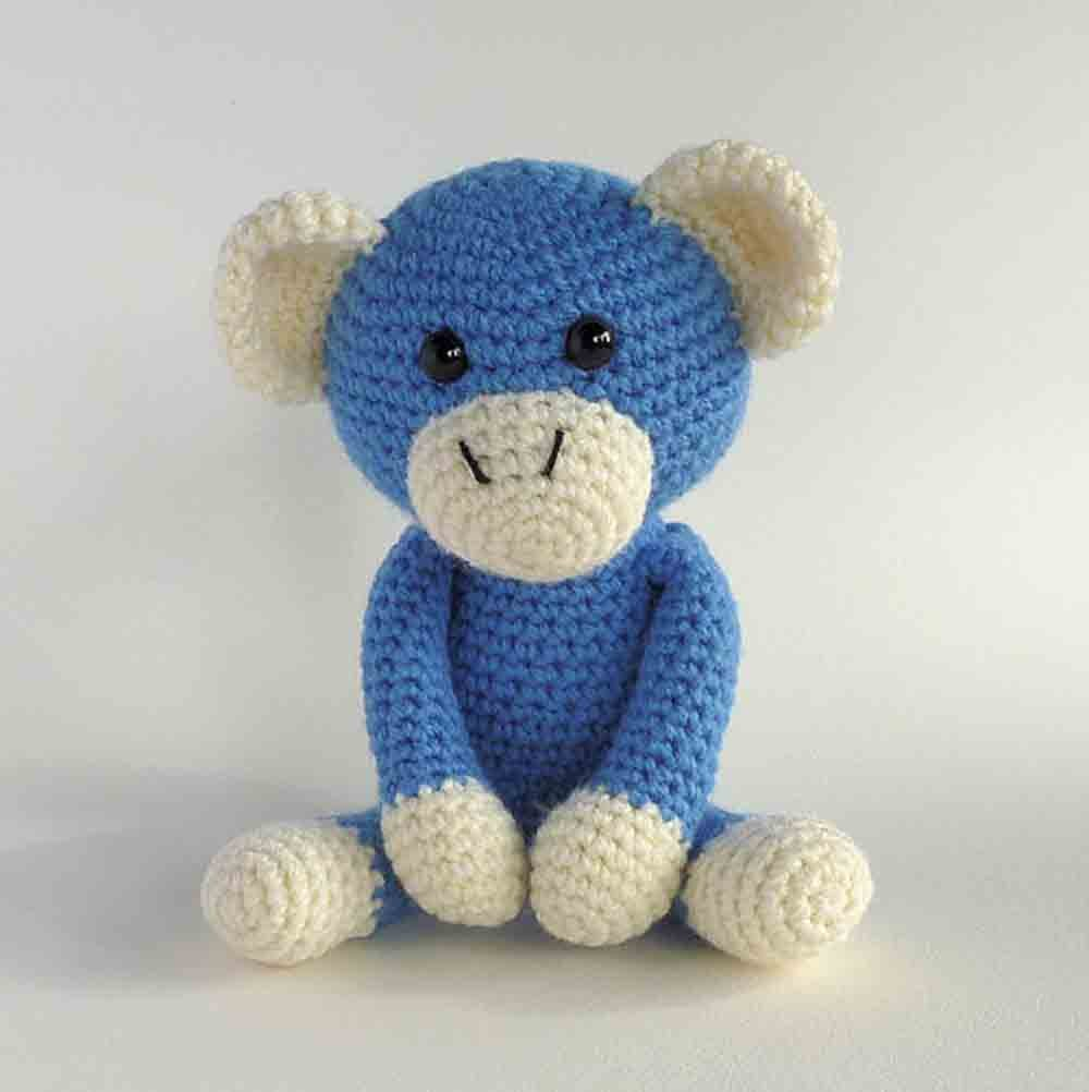 Free Crochet Monkey Amigurumi Pattern - thefriendlyredfox.com | 1002x1000