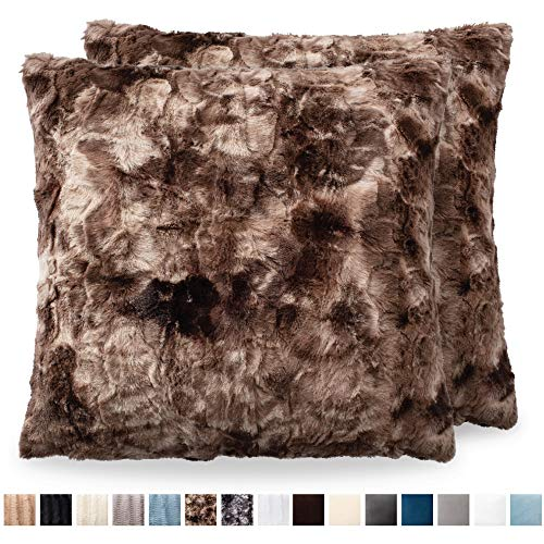 Faux Fur Pillow Cover - The CONNECTICUT HOME COMPANY Original Faux Fur Pillowcases, Set of 2 Decorative Case Sets, Throw Pillow Covers, Luxury Soft Cases for Bedroom, Living Room, Couch Sofa & Bed (18x18 inch, Tie Dye Brown)