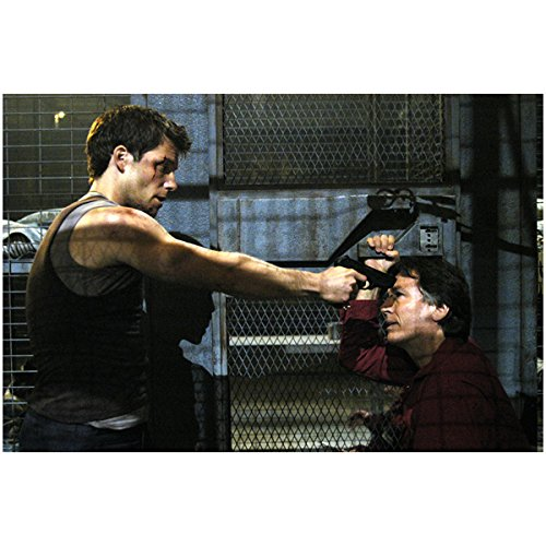 - Lee 'Apollo' Adama Holding Gun to Tom Zarek's Head in Cell - Battlestar Galactica 8x10 Photograph - HQ - BSG
