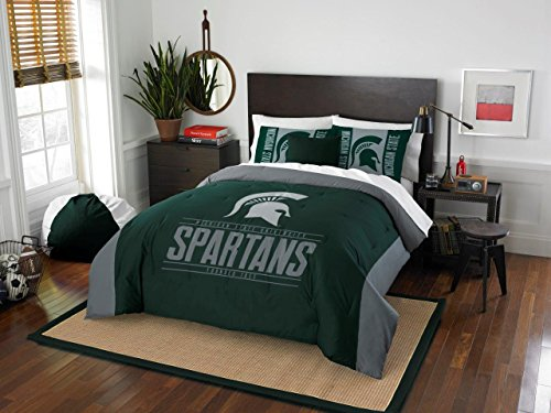 Michigan State Spartans - 3 Piece FULL / QUEEN SIZE Printed Comforter & Shams - Entire Set Includes: 1 Full / Queen Comforter (86