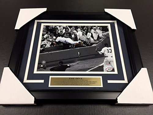 (DEREK JETER THE DIVE CATCH 8X10 PHOTO NEW YORK YANKEES STADIUM)
