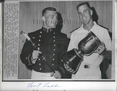 1964 Press Photo Navy Football All Stars Tom Lynch, &Roger Staubach- Honored (Staubach Photograph)