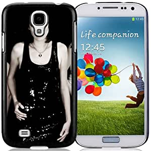 Beautiful Designed Cover Case With The Riplets Girls Dresses Tattoo Chain For Samsung Galaxy S4 I9500 i337 M919 i545 r970 l720 Phone Case