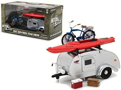 (Greenlight 1947 Ken Skill Tear Drop Trailer with Accessories for 1/24 Scale Model Cars and Trucks 1/24 Diecast Model 18420 A)