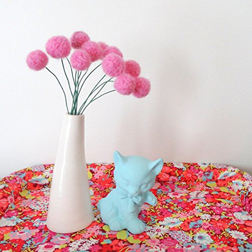 Felt pom pom flowers. Wool pompom. Bubblegum pink flowers, Faux, fake flowers. Felted Yarn Craspedia, billy balls. Pink Felt balls. ()