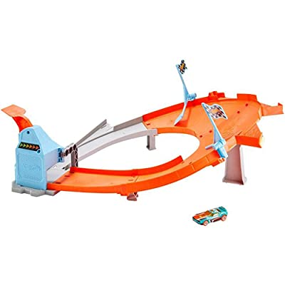 Hot Wheels Drift Master Champion Action Track Set GBF84 - Authentic Drifting Action: Toys & Games