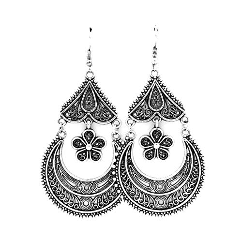 (Antiqued Silver Crescent and Daisy Chandelier Earrings)