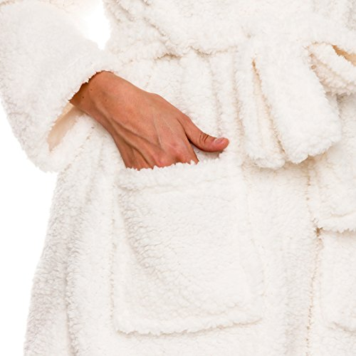 The 8 best women's robes plush short