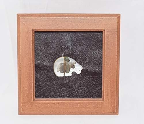 (Navajo Medicine Bear and Horse Fetish Carving Shadow Box Wall Hanging )