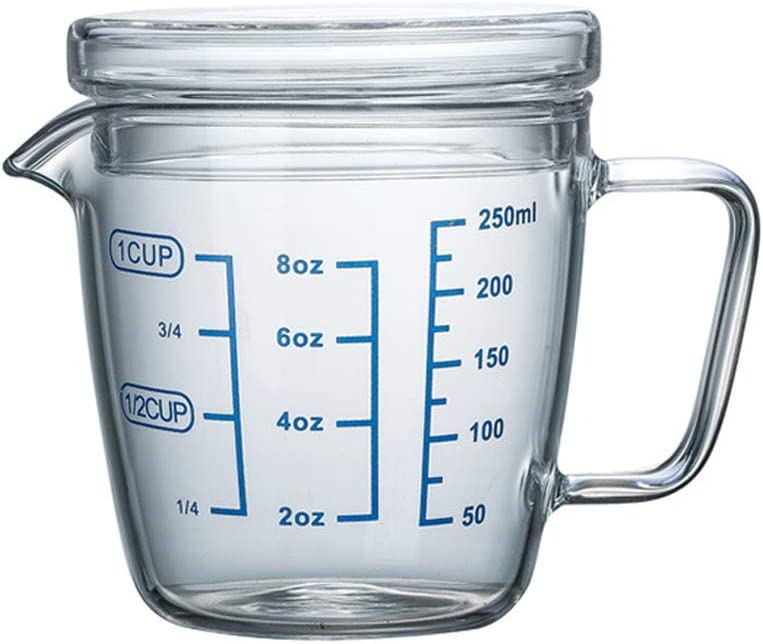 UPKOCH Heat Resistant Glass Measuring Cup Scale Marking Cup Microwave Measuring Cup with Lid (250ml)