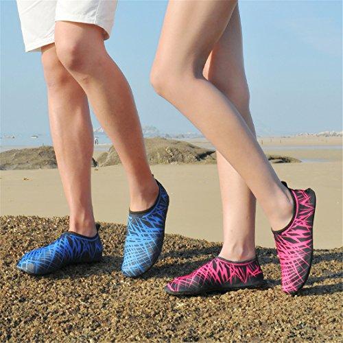Wasser Schuhe Mens Womens Barefoot Beach Schwimmen leicht Quick dry Aqua Socken Anti-Rutsch Slip-on Pool Schuhe für Übung Yoga Blau