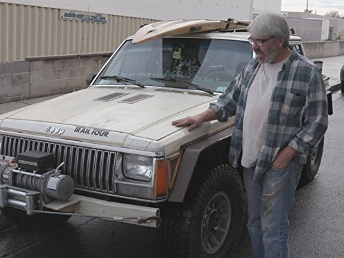 inside-rick-pewes-tiki-jeep