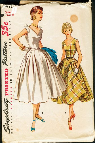 Amazon.com: Simplicity 4707 One Piece Marilyn Monroe Dress Vintage ...