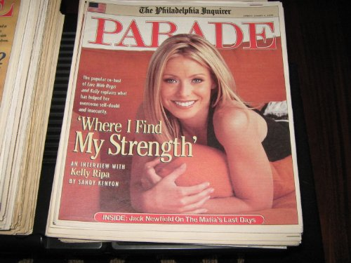 Kelly Ripa (Live With Regis & Kelly , 'Where I Find My Strength'...K.R. , Jack Newfield On The Mafia's Last Days, August 11 , 2002) (Regis And Kelly)