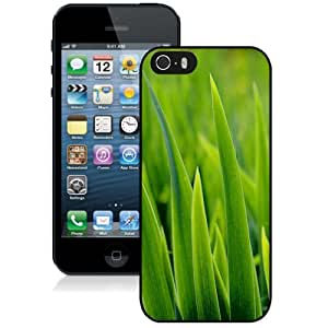 Personalized Phone Case Design with Green Grass Closeup iPhone 5s Wallpaper 3