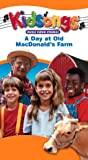 Kidsongs - A Day at Old MacDonald's Farm [VHS]