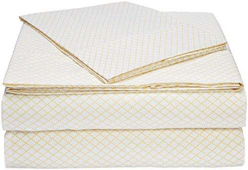 AmazonBasics Microfiber Sheet Set - Twin, Yellow Scallop