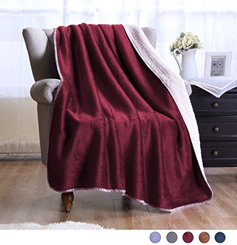 Exclusivo Mezcla Large Reversible Sherpa Throw Blanket  - Li