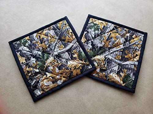 Realtree Camo Quilted Potholders Set of 2 Hunting Insulated Trivets Pot Holders Quilted Hot Pads Rustic Kitchen Decor Mountain Home Cabin Lodge Camouflage Themed Gifts Under 20 Handmade Gifts Under 20