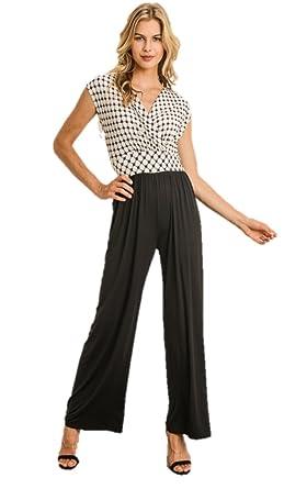 6494e2c82e5c Amazon.com  Gilli Black and White Jumpsuit (Large)  Clothing