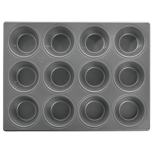 eel 12 Cup Pecan Roll Pan with Silicone Glaze - 17 1/8
