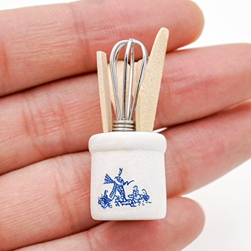 (Odoria 1:12 Miniature Egg Beater and Utensils with Pottery Holder Dollhouse Kitchen Accessories)