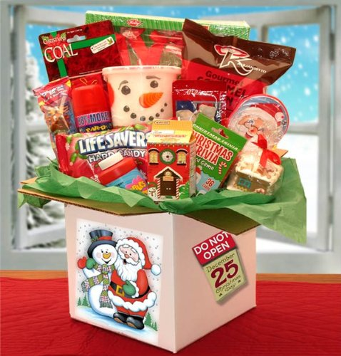Amazon Com Holiday Fun Christmas Gift Basket For Kids Gourmet Baked Goods Gifts Grocery Gourmet Food