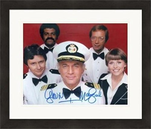 Gavin MacLeod autographed 8x10 photo (Love Boat Captain Merrill Stubing) #SC2 Matted & -
