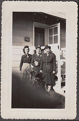 Army nurses Lt Brewer Hunt & McCann Camp Croft Station Hospital SC photo 1940s