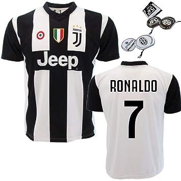 baa60e5b18d0e Juventus Replic Jersey Personalizado Ronaldo 7 PS 27365 + CD Titular   Amazon.es  Deportes y aire libre