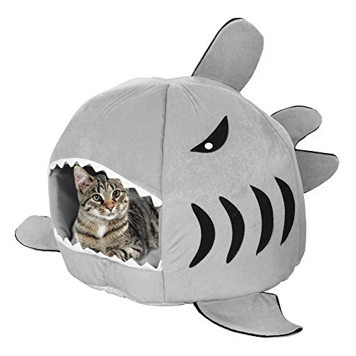 WHAT ON EARTH Shark Shaped Cat Bed - Soft Covered
