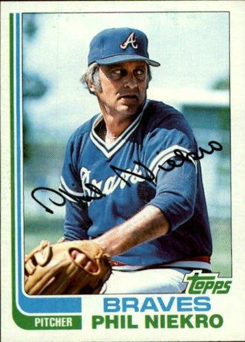 1982 Topps Baseball Card #185 Phil Niekro