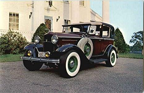 1932 Ford Town Car Cars Original Vintage Postcard