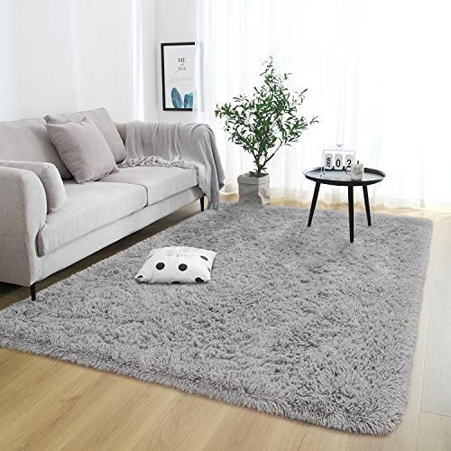 Rostyle Super Soft Fluffy Area Rugs for Bedroom Living Room Shaggy Floor Carpets Shag Christmas Rug for Girls Boys Furry…